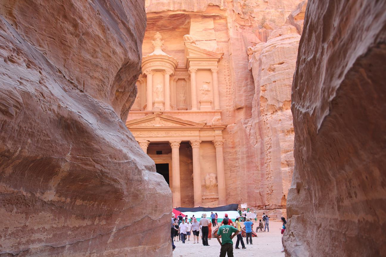 Petra_les_touristes_avec_nous.jpg