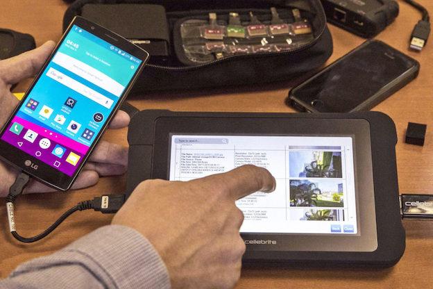 Merci Israël : bientôt dans tous les commissariats un logiciel pour fouiller dans nos portables
