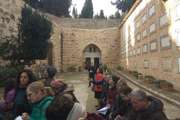 Le tourisme au service de l'occupation et de l'annexion