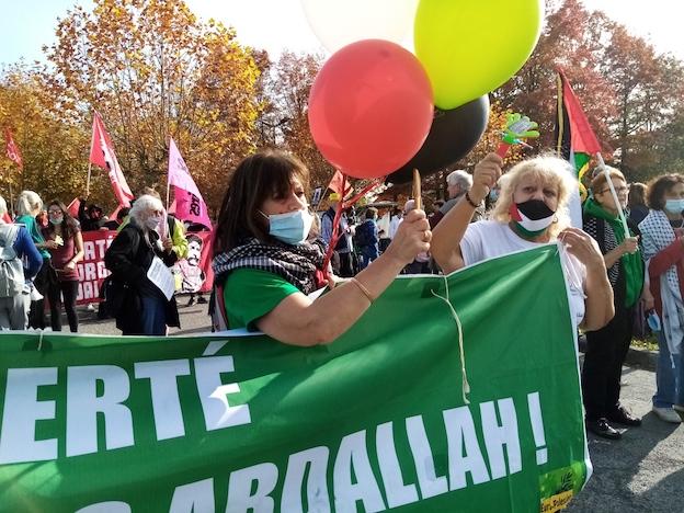 Du monde et de l'ambiance devant la prison pour Georges Abdallah ! (Photos)
