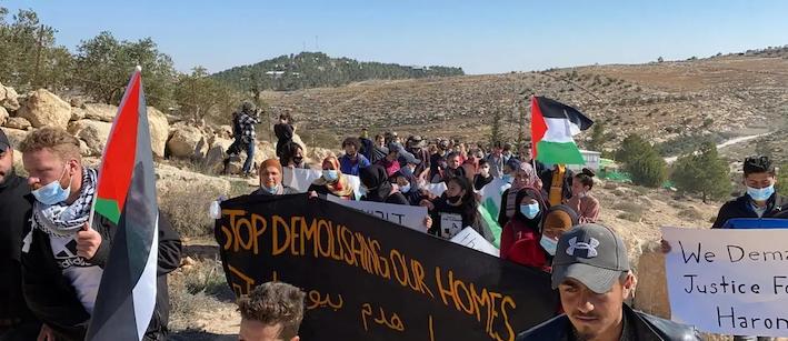 Un mouvement de protestation palestinien dirigé par des jeunes secoue les collines au sud de Jérusalem
