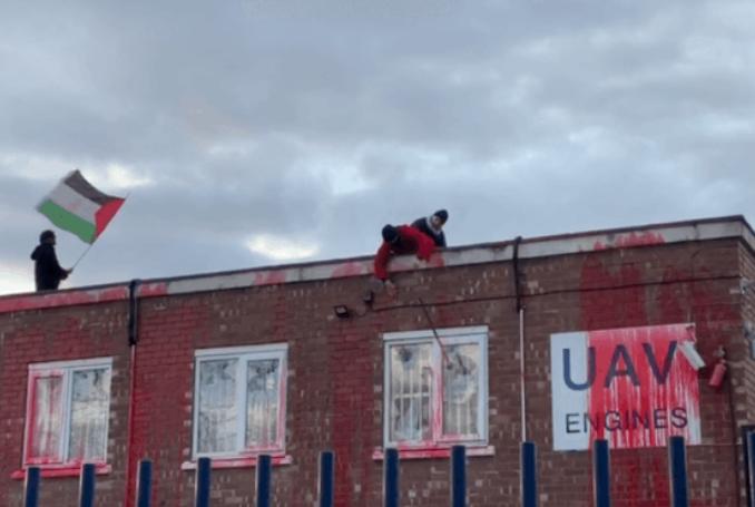 Angleterre : nouvelle action contre le marchand de mort Elbit (Vidéo)