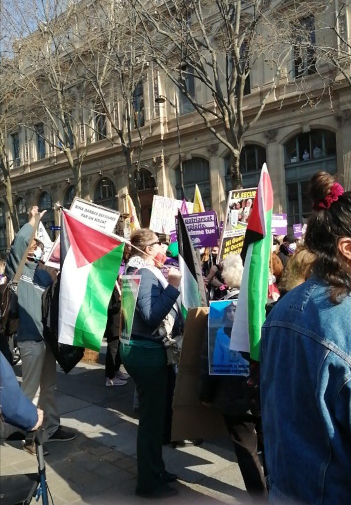 Les femmes palestiniennes dans la manifestation parisienne (Photos)