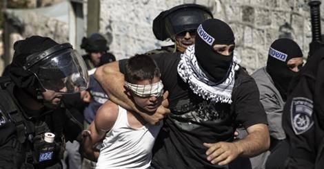 """Les enfants palestiniens en détention """"administrative"""" : (vidéo-9)"""