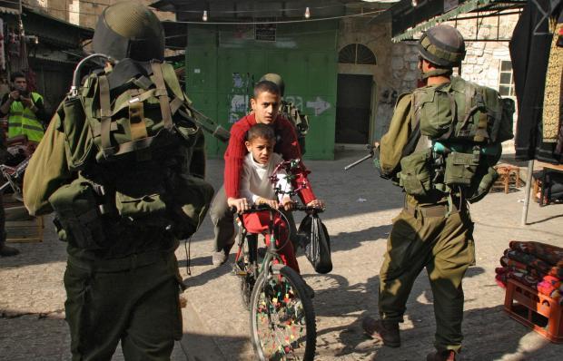 Détention des enfants palestiniens... avec rackett en prime ! (Vidéo-11)