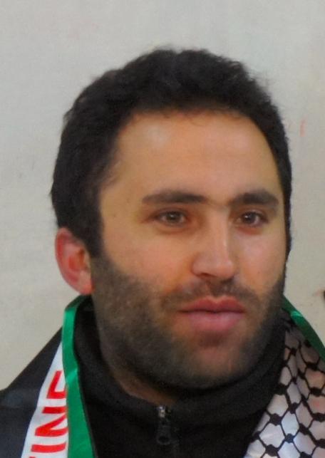 Issa Amro à nouveau arrêté par la police de Mahmoud Abbas