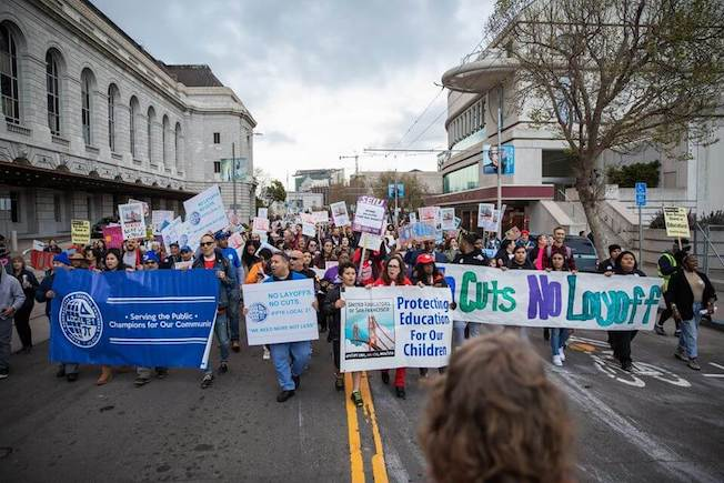 Le syndicat des enseignants de San Francisco vote le BDS et 500 salariés d'Amazon demandent à la firme de soutenir les Palestiniens