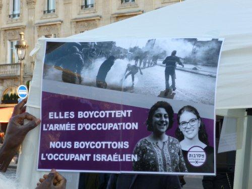 les_2_tamar_boycottent_st_mich-2.jpg