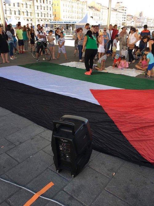 marseille_grand_drapeau.jpg