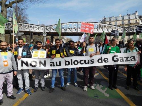 non_au_blocus_metro_ae_rien-2.jpg