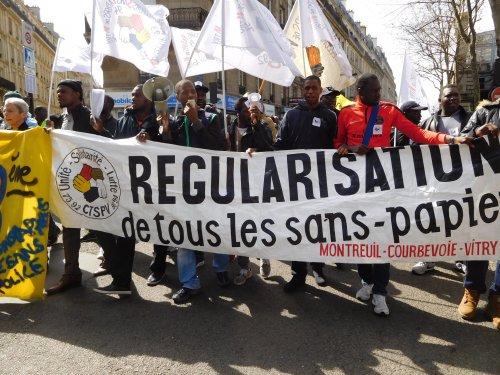 regul_sans_pap_montreuil.jpg