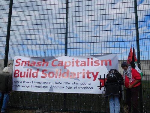 smash_capitalism.jpg